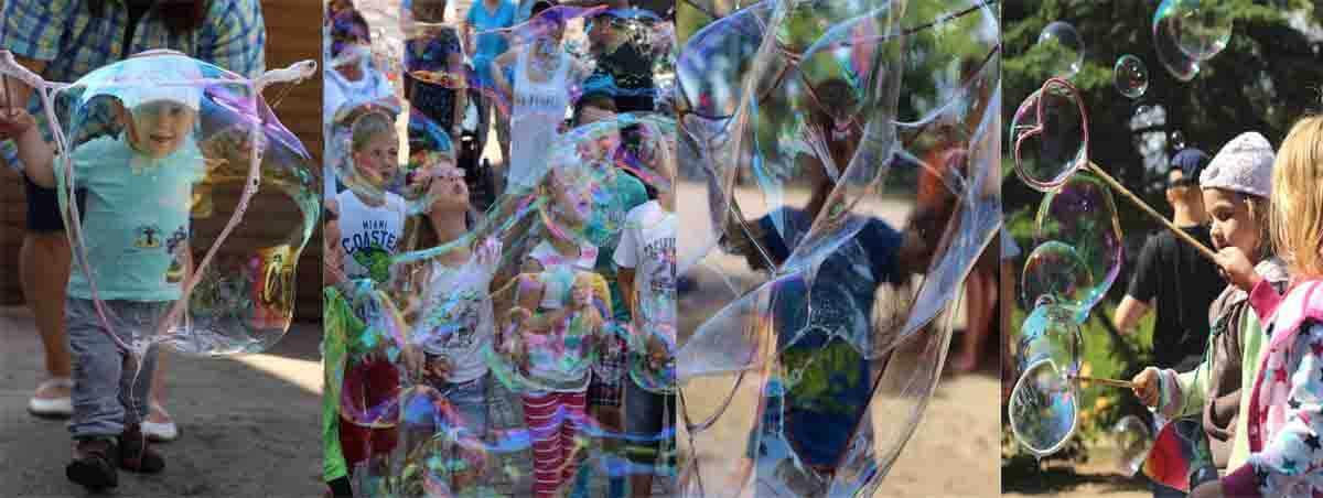 Riesenseifenblasen Vorführung und Mitmachaktion