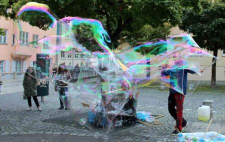 Seifenblasenkünstler Bubblebo Augsburg