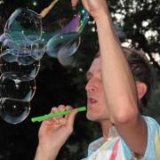 Seifenblasen-Spielzeug für Seifenblasen-Tricks und Pusten Seifenblasenfabrik Bubblebo