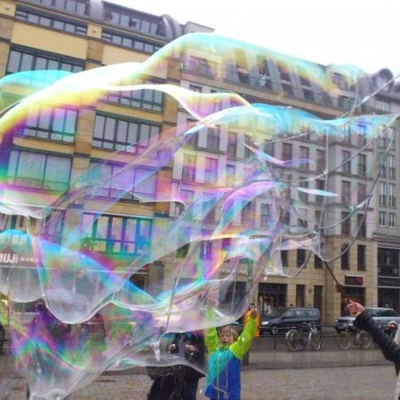 Schmetterling - Spielzeug für Riesenseifenblasen