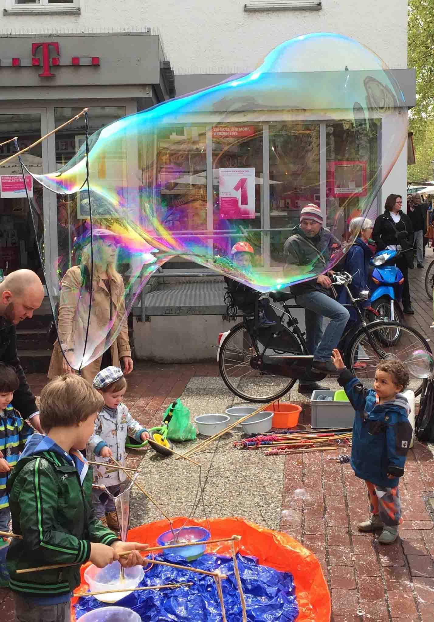 Dreieck groß, Spielzeug, Riesenseifenblasen