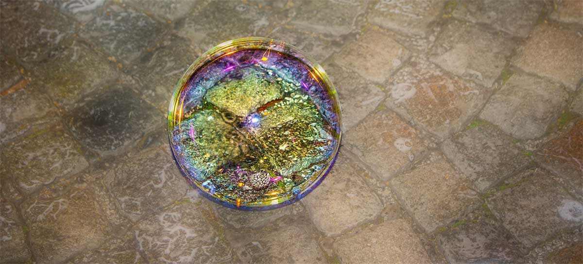 Riesenseifenblase auf Pflaster