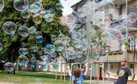 Girlande für Riesenseifenblasen